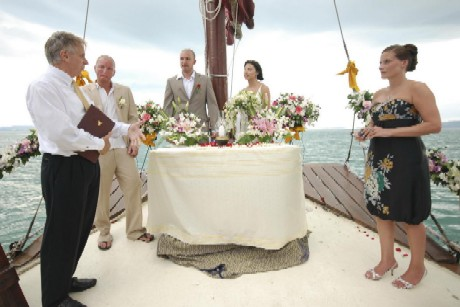 boat to go to a remote island and get married on the beach and the boat wedding deluxe where you cruise to your destination and get married on the boat